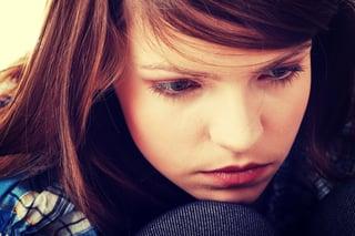 depressed_teenage_girl.jpg