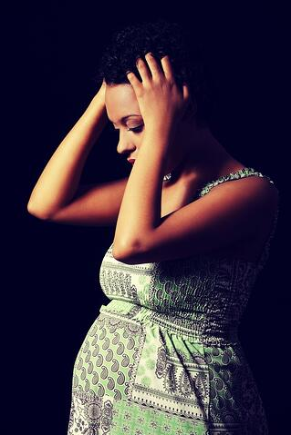 sad_pregnant_woman.jpg